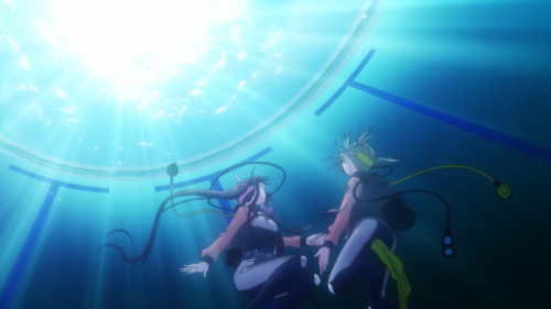 Amanchu! / Episode 4 / Teko and Pikari diving together for the first time (in a pool)