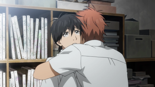 Orange / Episode 7 / Suwa hugging Kakeru