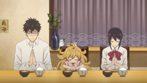 Amaama to Inazuma / Episode 2 / Kouhei, Tsumugi, and Kotori enjoying dinner together