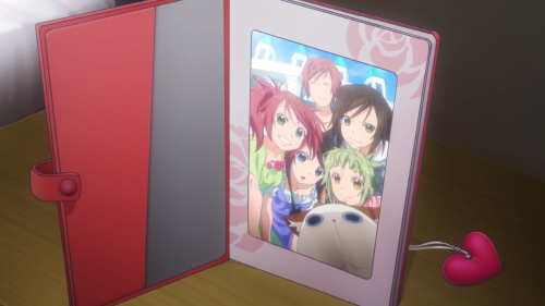 Amanchu! / Episode 9 / Teko and the gang together for a group photo