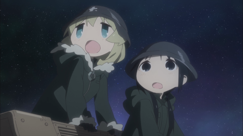 Shoujo Shuumatsu Ryokou / Episode 1 / Yuuri and Chito staring in awe as the nighttime sky before them